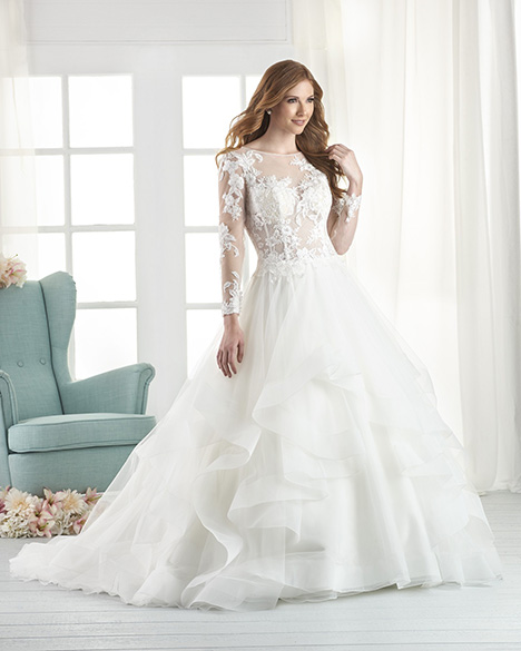 807 Wedding                                          dress by Bonny Bridal