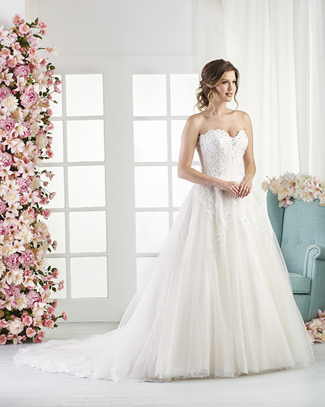 812 Wedding                                          dress by Bonny Bridal