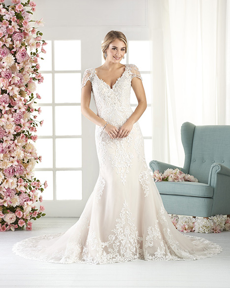 811 Wedding                                          dress by Bonny Bridal