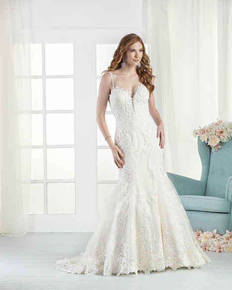 821 Wedding                                          dress by Bonny Bridal