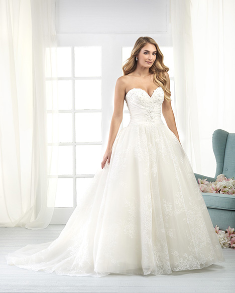822 Wedding                                          dress by Bonny Bridal