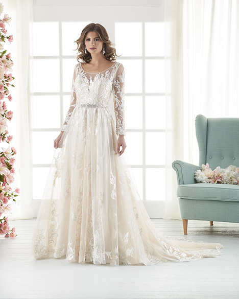 834 Wedding                                          dress by Bonny Bridal