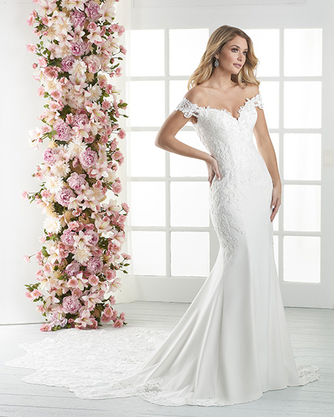 836 Wedding                                          dress by Bonny Bridal