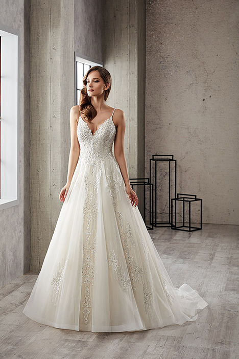 CT231 gown from the 2019 Eddy K Couture collection, as seen on dressfinder.ca