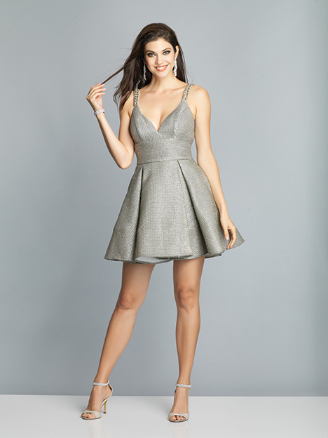 7977 gown from the 2019 Dave & Johnny Special Occasions collection, as seen on dressfinder.ca