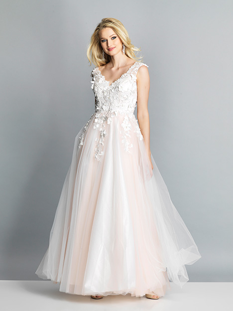 7903 gown from the 2019 Dave & Johnny Special Occasions collection, as seen on dressfinder.ca