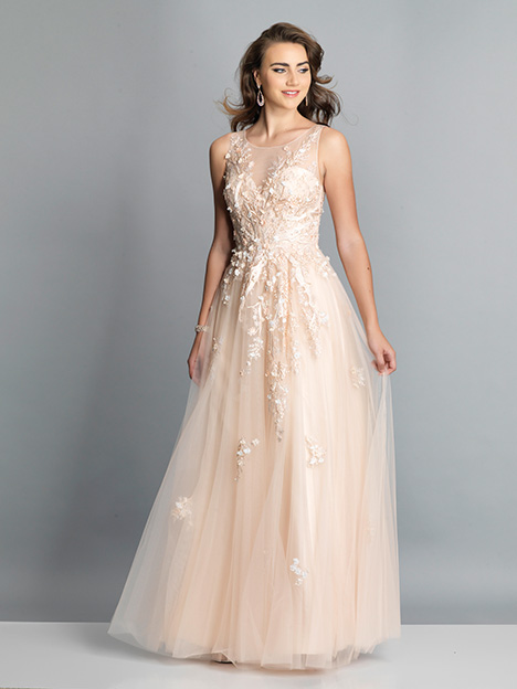 7883 gown from the 2019 Dave & Johnny Special Occasions collection, as seen on dressfinder.ca