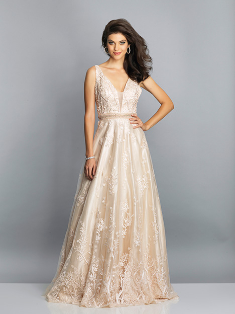 7702 gown from the 2019 Dave & Johnny Special Occasions collection, as seen on dressfinder.ca