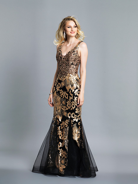 6765 gown from the 2019 Dave & Johnny Special Occasions collection, as seen on dressfinder.ca