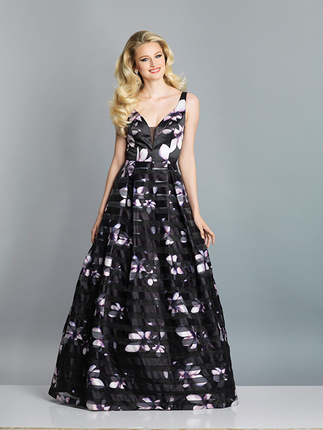 7622 gown from the 2019 Dave & Johnny Special Occasions collection, as seen on dressfinder.ca