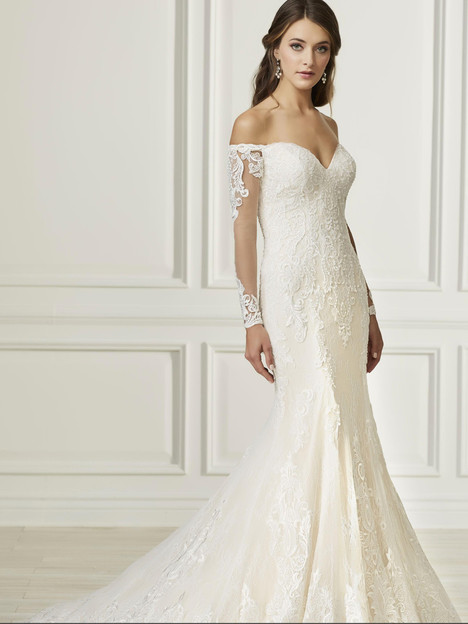 31101 Wedding                                          dress by Adrianna Papell