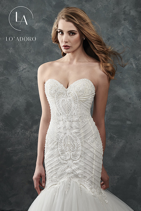 M660 Wedding dress by Lo' Adoro