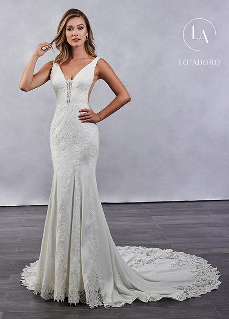 M688 Wedding                                          dress by Lo' Adoro