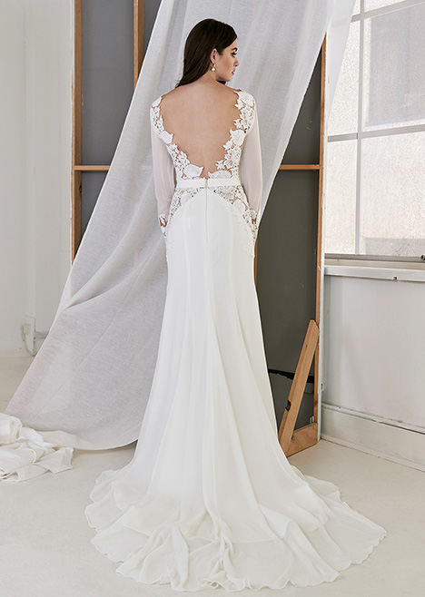 CZ 6076 Back gown from the 2019 Cizzy Bridal collection, as seen on dressfinder.ca