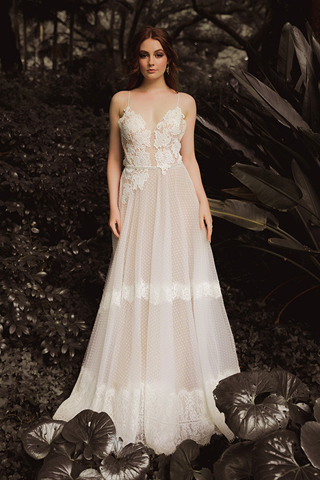 WS 289 Wedding                                          dress by Wedding Societe