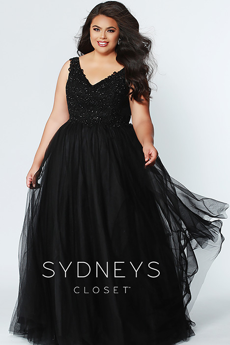 SC 7248 Black gown from the 2019 Sydney's Closet Prom+ collection, as seen on dressfinder.ca