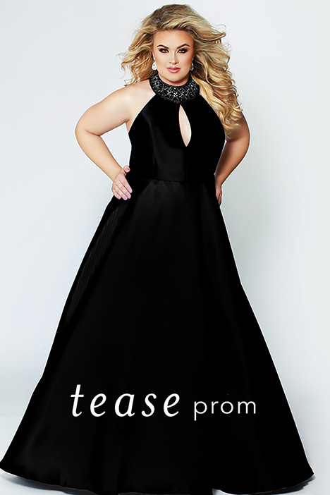TE 1907 Black gown from the 2019 Tease Prom+ collection, as seen on dressfinder.ca