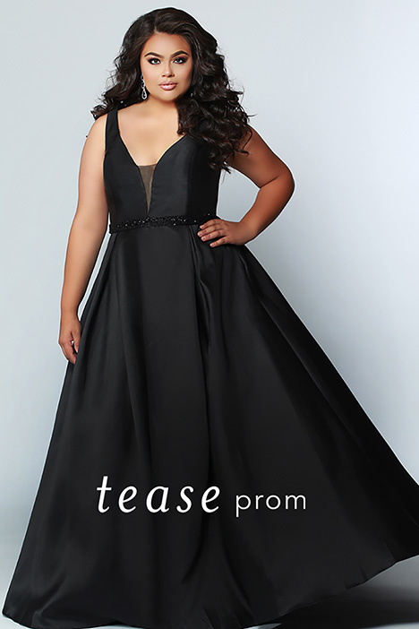 TE 1912 Black gown from the 2019 Tease Prom+ collection, as seen on dressfinder.ca