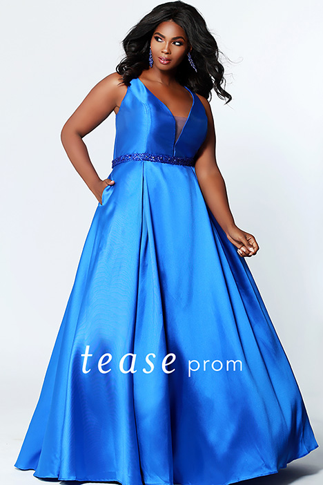 TE 1912 Sapphire gown from the 2019 Tease Prom+ collection, as seen on dressfinder.ca