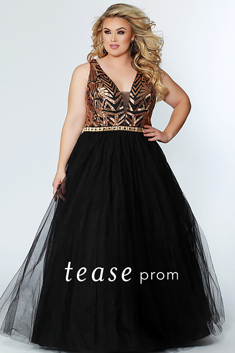 TE 1917 Gold gown from the 2019 Tease Prom+ collection, as seen on dressfinder.ca
