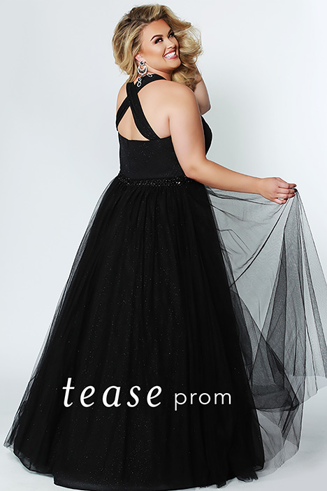 TE 1925 Black Back gown from the 2019 Tease Prom+ collection, as seen on dressfinder.ca
