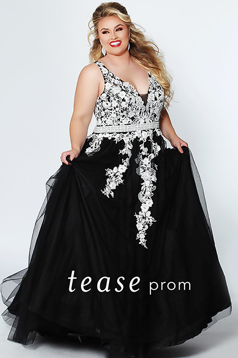 TE 1927 Black gown from the 2019 Tease Prom+ collection, as seen on dressfinder.ca