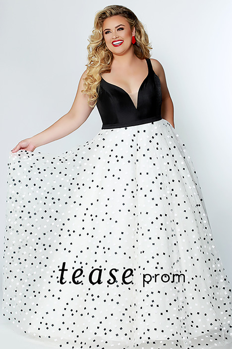 TE 1929 gown from the 2019 Tease Prom+ collection, as seen on dressfinder.ca
