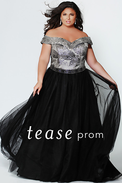 TE 1935 gown from the 2019 Tease Prom+ collection, as seen on dressfinder.ca