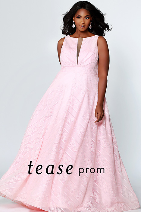 TE 1936 Blush gown from the 2019 Tease Prom+ collection, as seen on dressfinder.ca
