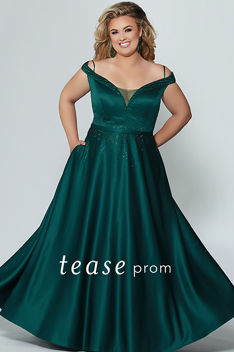 TE 1941 gown from the 2019 Tease Prom+ collection, as seen on dressfinder.ca