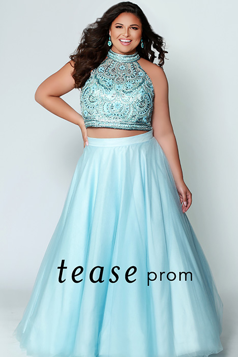 TE 1943 Blue gown from the 2019 Tease Prom+ collection, as seen on dressfinder.ca