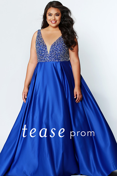 TE 1947 Sapphire gown from the 2019 Tease Prom+ collection, as seen on dressfinder.ca