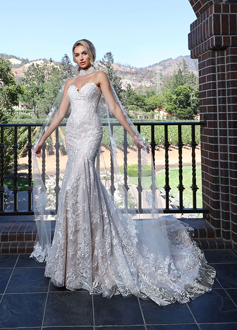 10724 gown from the 2019 Ashley & Justin Bride collection, as seen on dressfinder.ca