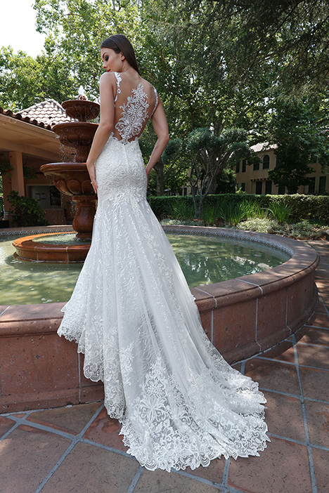 13211 Back Wedding dress by Cristiano Lucci